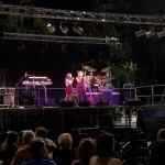 Musica sul palco dell`evento Ma Noi, Insieme, per Joe